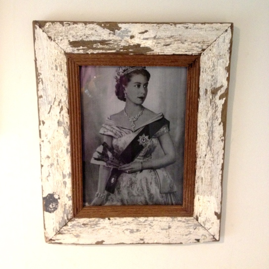 A framed pic of The Queen in the loo at Blumenthal's Hinds Head.